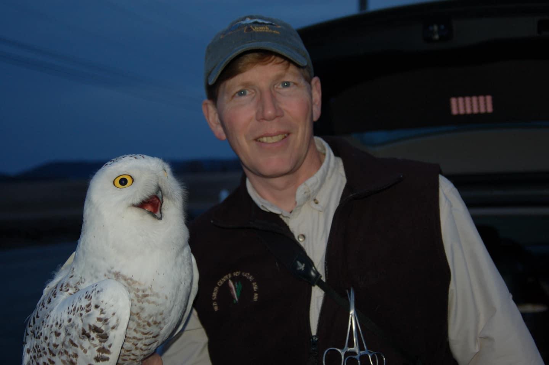 Episode 12: The global Odyssey of migratory birds with Scott Weidensaul